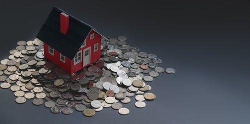 domeček na penězích
