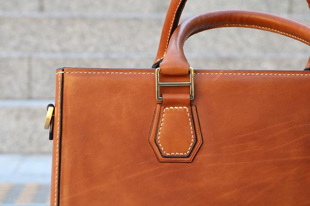 kožená taška
