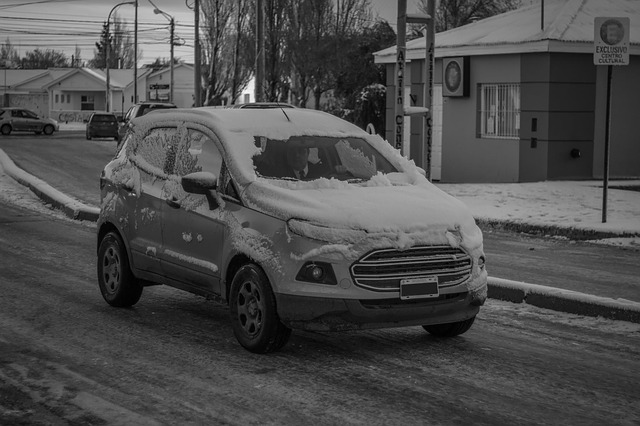 sníh na autě